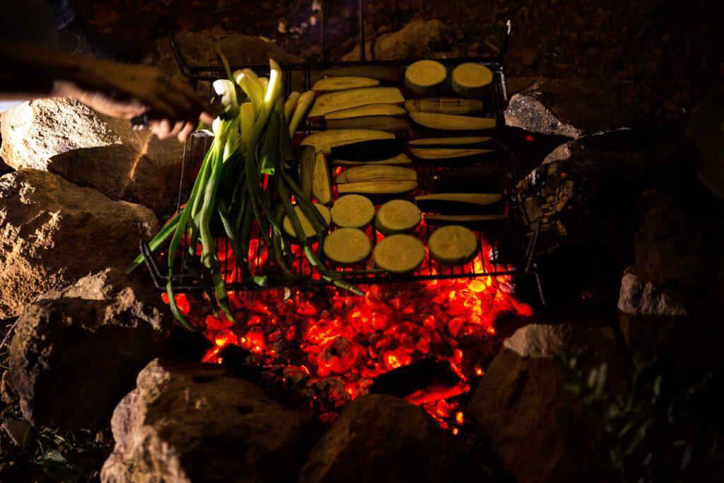 cocinar al fuego de leña